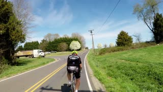 73-year-old cyclist proves you're only as young as you feel - Video