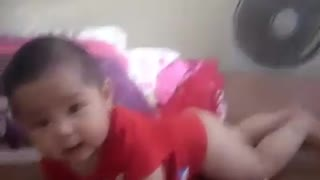 The baby is very cute fun - Video
