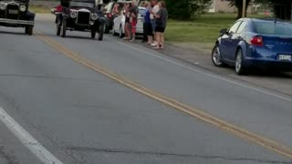 Old Fashioned Drag Racing - Video