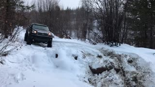 Extreme 4x4 truck  - Video
