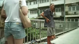 When a beggar begs but FAILS! - Video