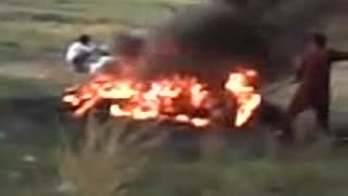 FIRE CRICKET AND TRAFFIC janoon of cricket  - Video
