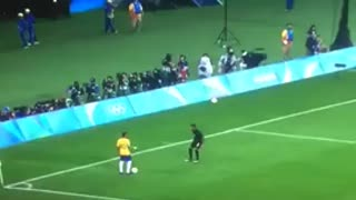 Neymar humiliates Germany defender with an insane skill - Video