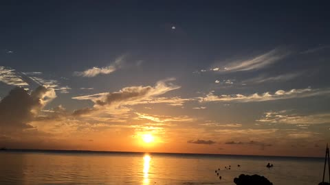 Incredible timelapse video of Grand Cayman sunset