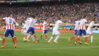 Cristiano Ronaldo Punches Diego Godín - Video