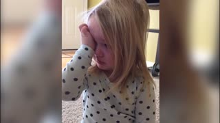 Little Girl Has The Worst Poker Face - Video