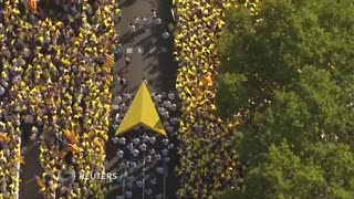 Catalan separatists take to the streets as crucial vote nears - Video