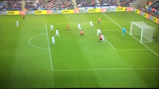Paul Pogba world class goal vs Swansea - Video