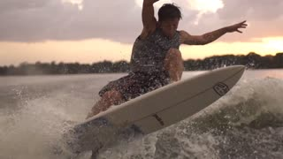 Super slow motion wakeboarding and wakesurfing - Video