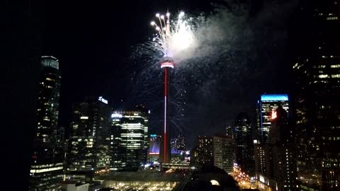 Spectacular fireworks show lights up CN Tower