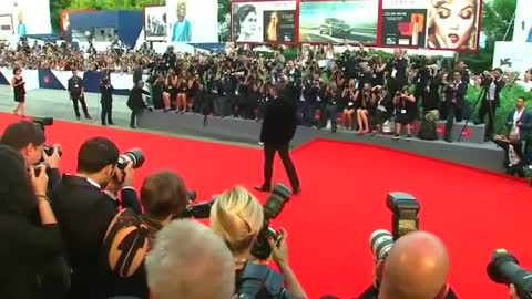 Venice roars into action with opening red carpet