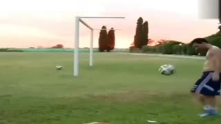 VIDEO: Lionel Messi Incredible Skills in Training - Video