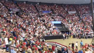 Wish i was there. Trump rally energy 53