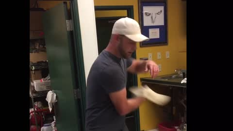 Wow!! Check Out This Guy! He Can Really Spin A Pizza!!