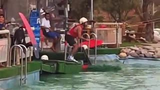 Wakeboard white helmet face plant - Video