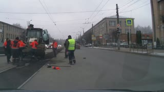 Construction Worker Street Brawl - Video