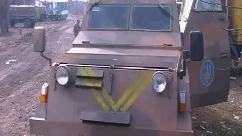 Ukrainian Military Employs Handcrafted APCs