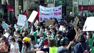 Thousands march for climate action in Paris