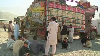 Afghan refugees return home reluctantly - Video