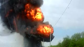 Truck Carrying Flammable Chemicals Explodes in Russia - Video