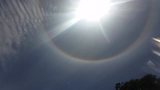 Strange sun halo over Jervis Bay, Australia - Video
