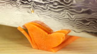 How to: Carve a carrot into a butterfly - Video