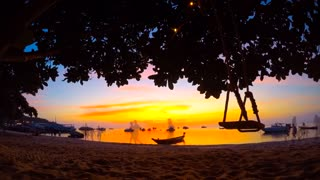 Time lapse: Stunning sights of Thailand and Singapore - Video