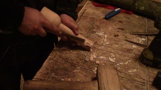 Making a woodworking mallet on the lathe part 3/4