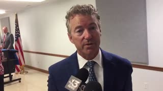 Police arrest man after threatening Rand Paul with axe - Video