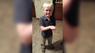 Cute kid can't part with dead pet fish - Video