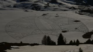 Snow Artist Makes The Most Astonishing Snow Drawings  - Video