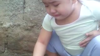Young Girl Mourns the Loss of Pet Chicken - Video