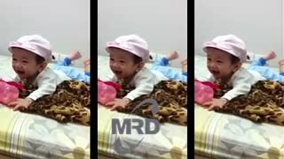 Best Babies Laughing Video Compilation 2016 - Video