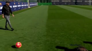 Messi golazo en entrenamiento - Video