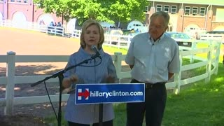 Clinton hits back at Jeb Bush on Iraq,Islamic State - Video