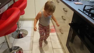 3 Year-Old Does Unexpected Dance Moves - Video