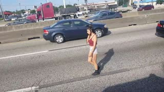 Strolling On The I-45 North In Texas - Video