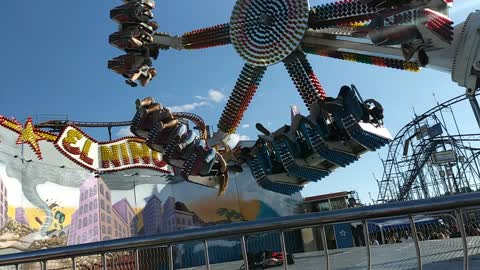 People Stuck Mid Air as Fair Ride Fails
