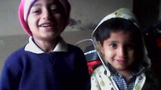 Elder brother copied by younger brother   - Video