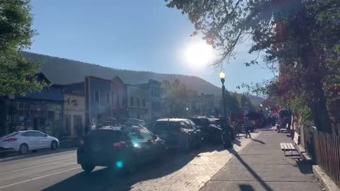 Travelin' Tanya Visits Crested Butte for Some Mountain Biking