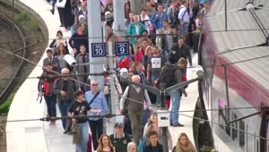 Europe to boost rail security after Paris train attack - Video
