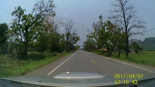 Near Miss of Head-On Collision - Video