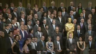Oscar nominees take their group photo - Video
