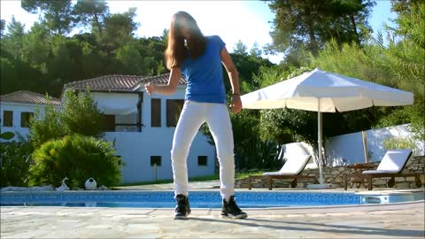 This dubstep dance routine will blow your mind!