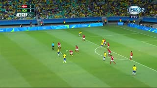 VIDEO: Class ball from Neymar vs Colombia - Video