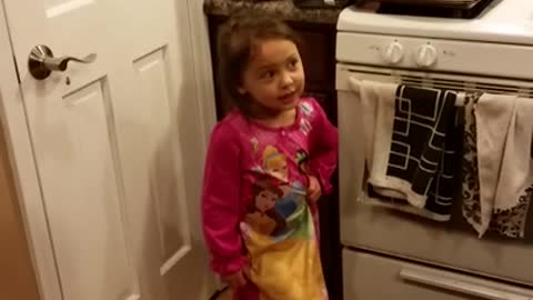 Toddler has huge argument with dad about candy