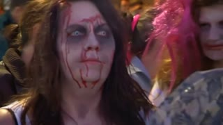 Zumba zombies' monster record attempt - Video