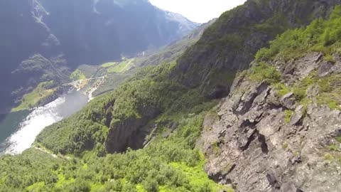 Stunning wingsuit proximity flying in Norway