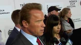 Schwarzenegger takes first dramatic role in 'Maggie' - Video