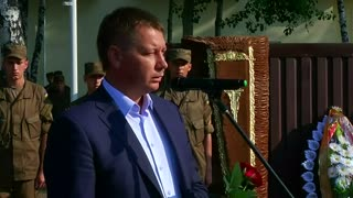 Memorial held for Ukrainian guardsman killed by grenade - Video